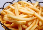每周吃薯条超过两次更容易早逝 年轻男性更爱油炸食品