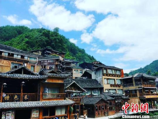 图为贵州黔东南西江风景。 钱晓阳 摄