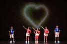 美国加州举行关爱儿童慈善义演