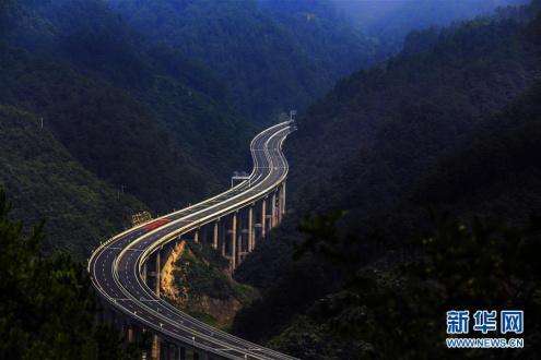 中国公路物如何流降成本?车货匹配少空驶 仓储优惠!