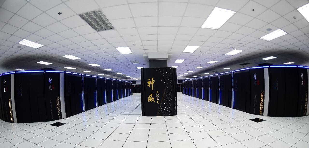 神威E级超级计算机原型机正式启用 运算速度每秒百亿亿次