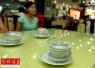 饭前烫碗仅除菌3%!茶水洗碗烫碗无法真正消毒杀菌