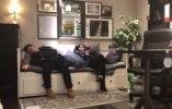 """视频 杭州宜家成""""避寒所"""",有人蹭睡沙发和床"""