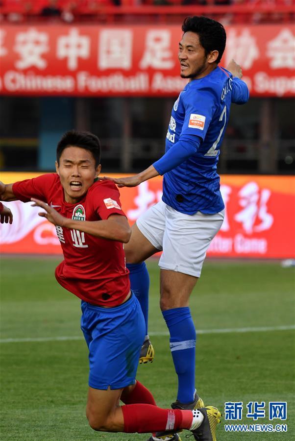 (体育)(28)足球——中超:上海绿地申花胜河南建业
