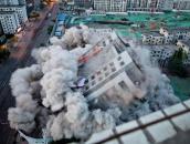 郑州冰熊大厦爆破