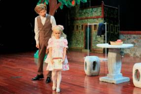 播撒爱的种子——儿童剧《爸爸的庄园》在京首演